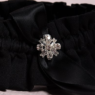 Beverly Clark Monroe Collection Garter Set