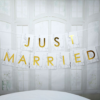 Just Married Scripted Marble Bunting