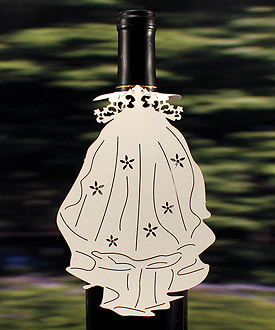 Laser Expressions Novelty Weding Veil Bottle Tag