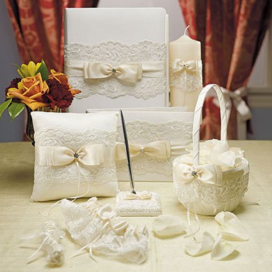 Beverly Clark French Lace Collection Penholder