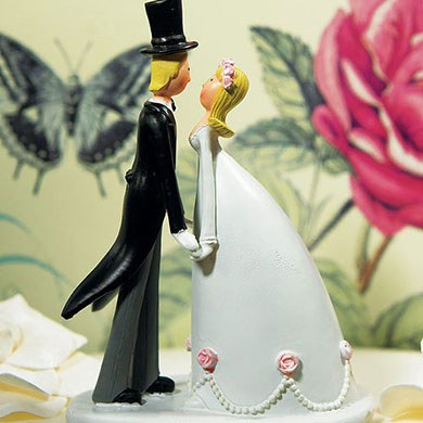 Novelty Wedding Couple Hand in Hand Figurine Cake topper