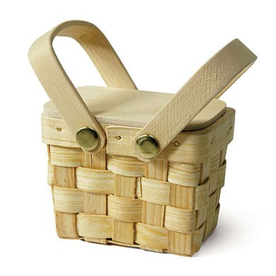 mini picnic basket wedding favor