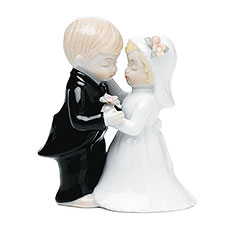 Cute Couple Figurine